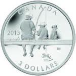 """Pièce en argent 2013 de 3 dollars sur la pêche qui a remporté le prix de la pièce """"la plus inspirée""""."""