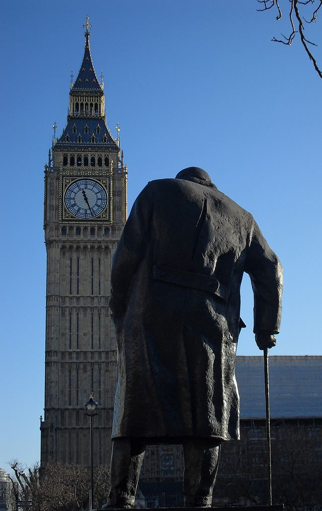 """Winston Churchill : il y a 50 ans mourait """"le vieux lion"""""""
