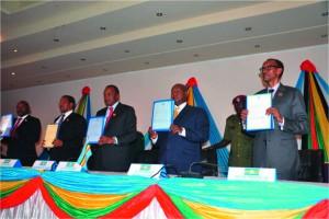 Signature de la nouvelle Union Monétaire de l'Afrique de l'Est.