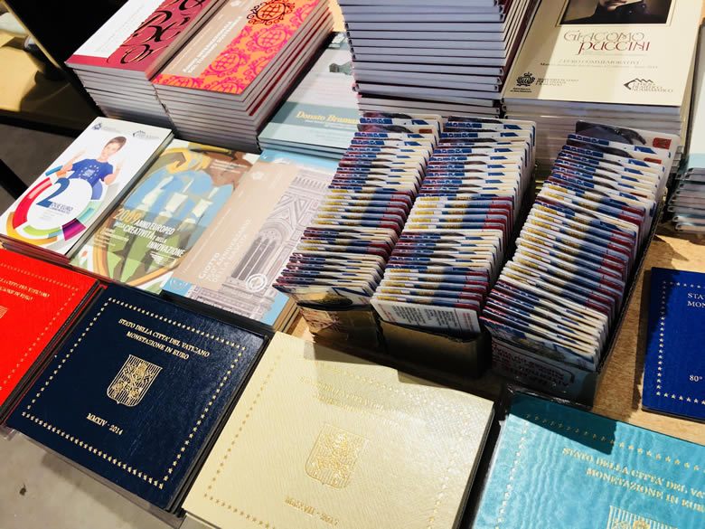 les euros du Vatican et san maein