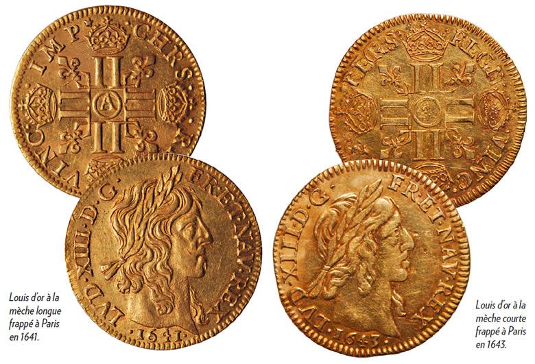 Louis d'or à la mèche longue frappé à Paris en 1641 et Louis d'or à la mèche courte frappé à Paris en 1643.