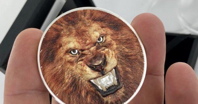 Le roi lion sur une pièce de 2 once Argent TANZANIE 2018